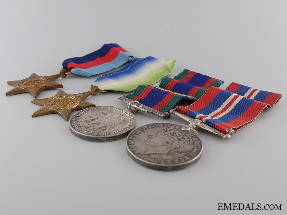 A WWII & Korean War Group to the Royal Canadian Naval Volunteer Reserve