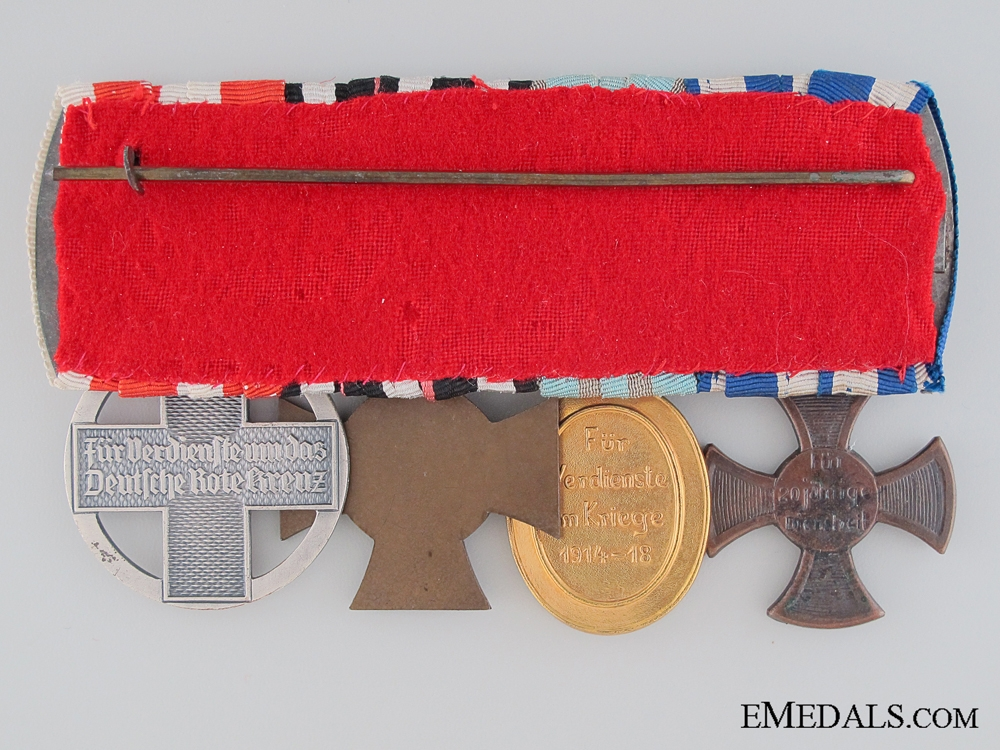 A Bavarian WWI/WWII Red Cross Medal Bar