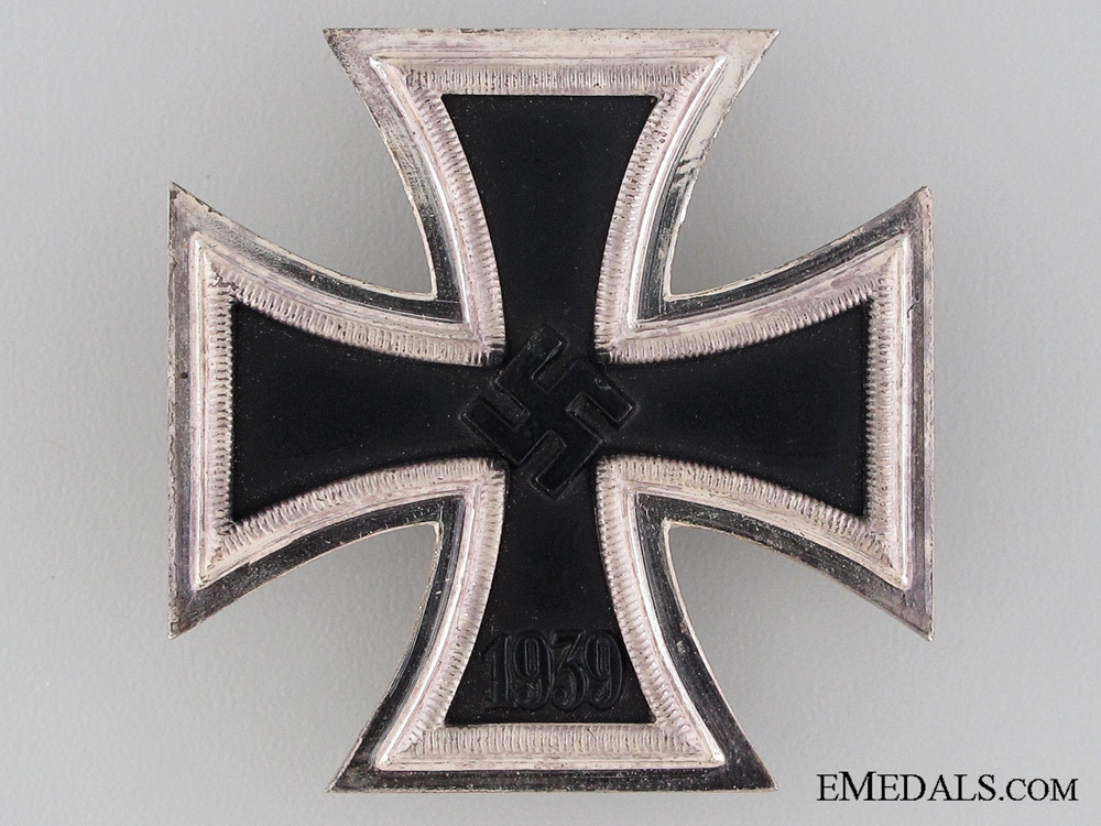 Iron Cross First Class 1939 by maker #100