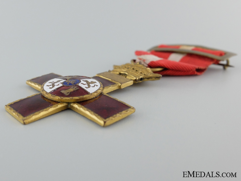 Order of Military Merit with Red Distinction; Franco Period