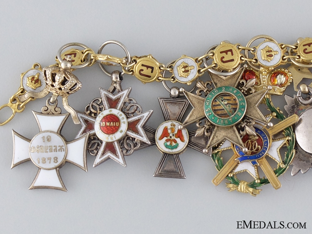 A Superb Austrian Miniature Chain