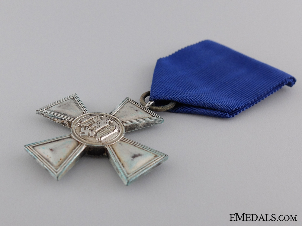 A Wehrmacht Long Service Cross; 2nd Class for Eighteen Years' Service