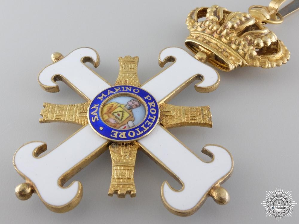 An Order of San Marino; Commander's Cross
