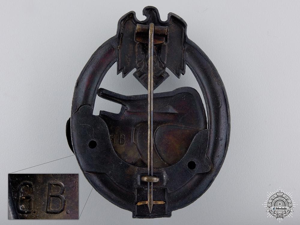 A Bronze Grade Tank Badge; Special Grade 25 by Gustav Brehmer