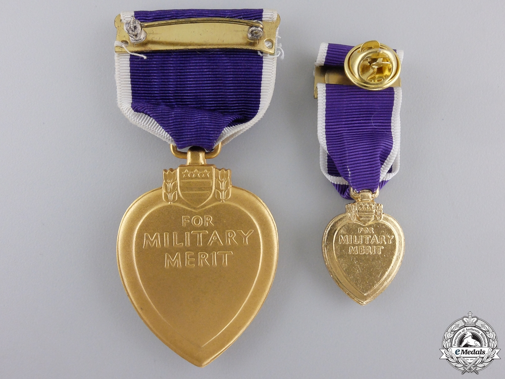 An American Second War Purple Heart with Miniature & Case