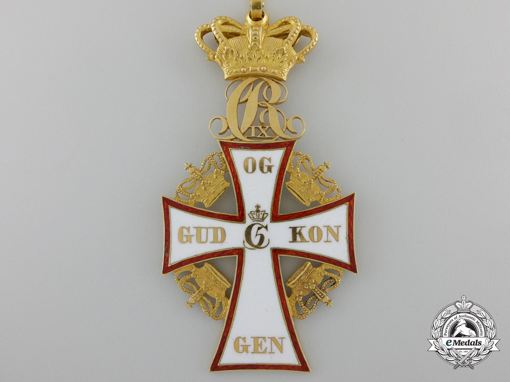A Danish Order of Dannebrog; 2nd Class Commander in Gold with Case