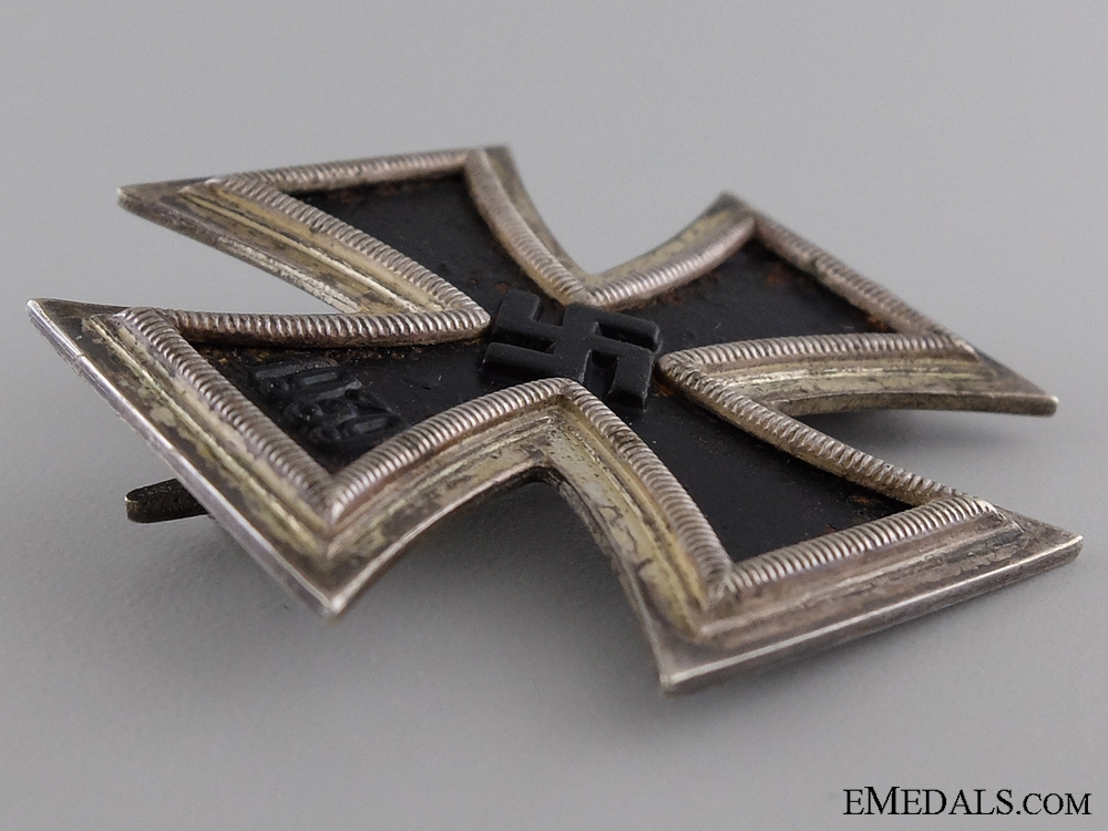 1939 First Class Iron Cross; Marked 26; Cased