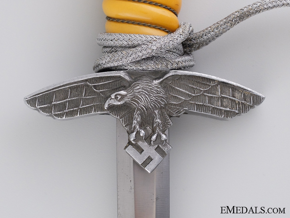 A 2nd Pattern Luftwaffe Dagger by C. Gustav Spitzer KG, Solingen