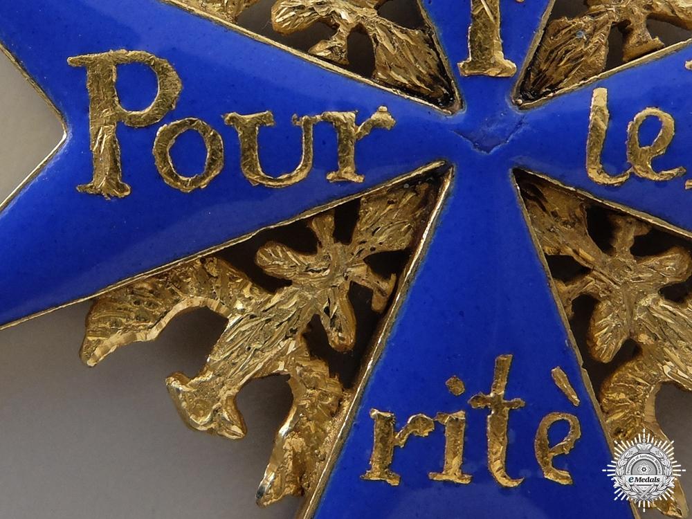 An Exquisite Pour le Mérite c.1770-90; Official Issue Cross
