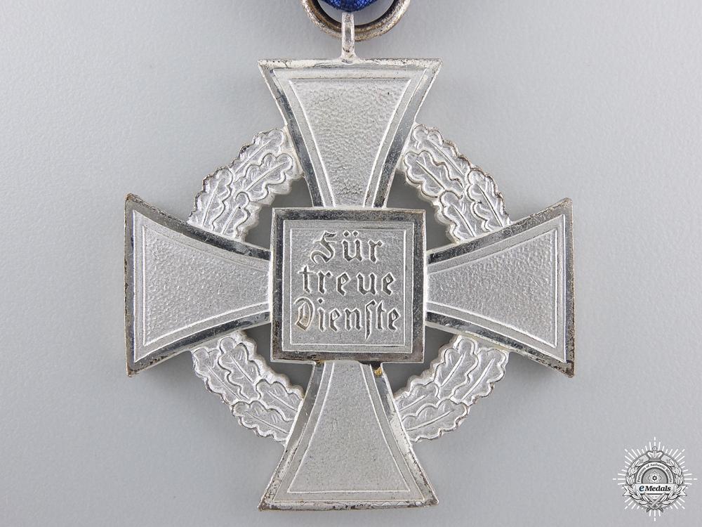 A Faithful Service Cross for 25 Years