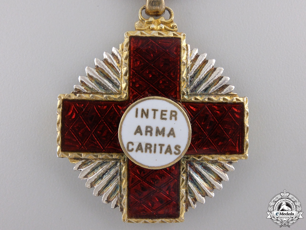 An Order of the Portuguese Red Cross, 2nd Class