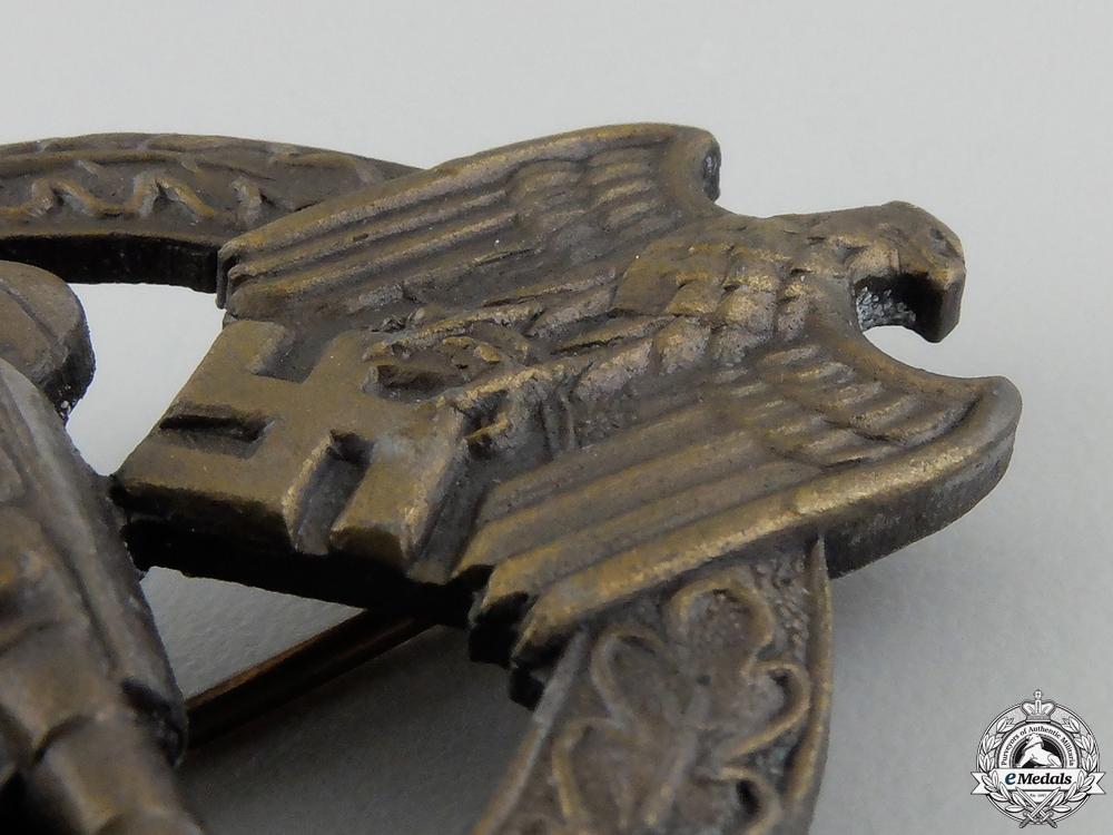 A Bronze Grade Tank Badge by Adolf Scholze