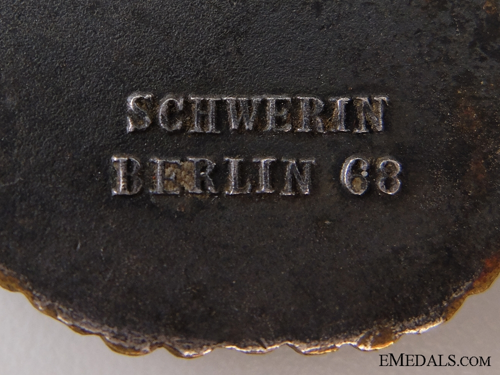 Destroyer War Badge with Documents to Mtr. V.Helmut of the Destroyer Beitzen