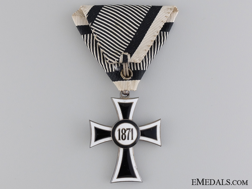 An Austrian Marian Cross of the German Knight Order, Cased