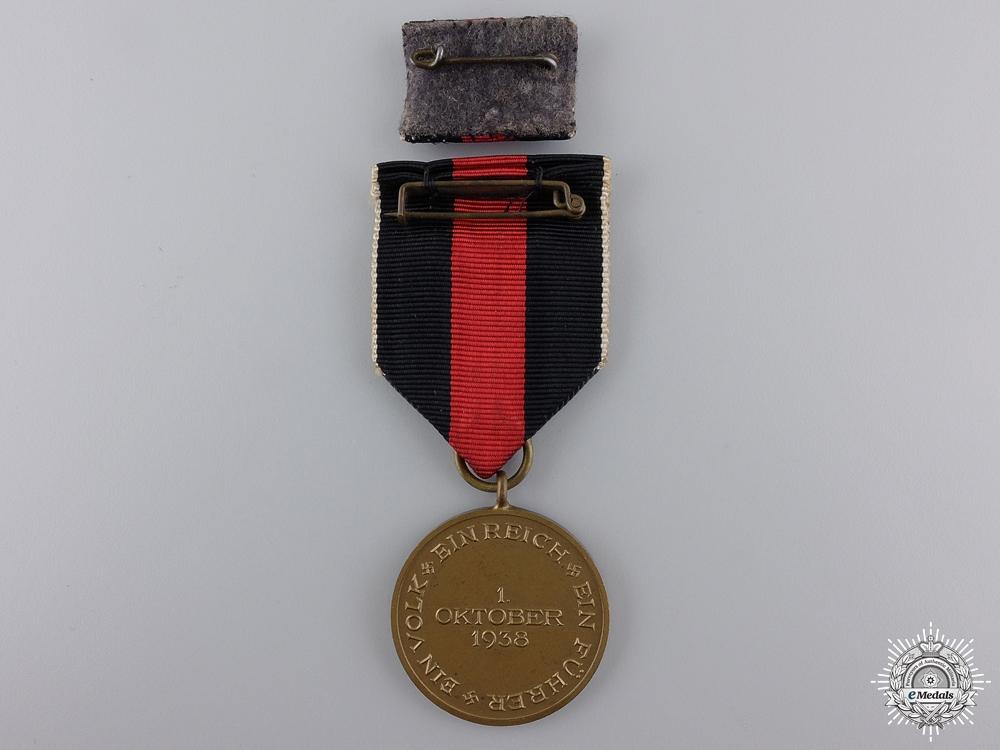 A Commemorative Medal October 1st 1938 with Prague Bar & Case