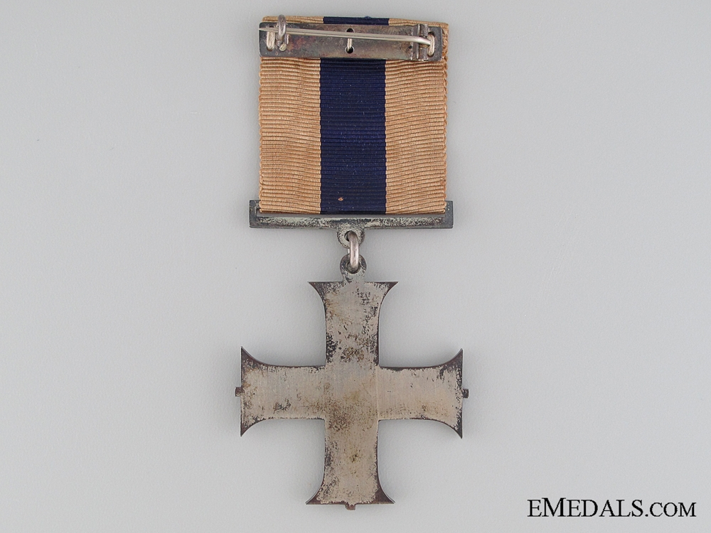A George V Military Cross in Case