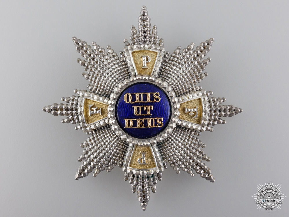 A Gold Royal Merit Order of St. Michael; 1st Class by E.Quellhorst