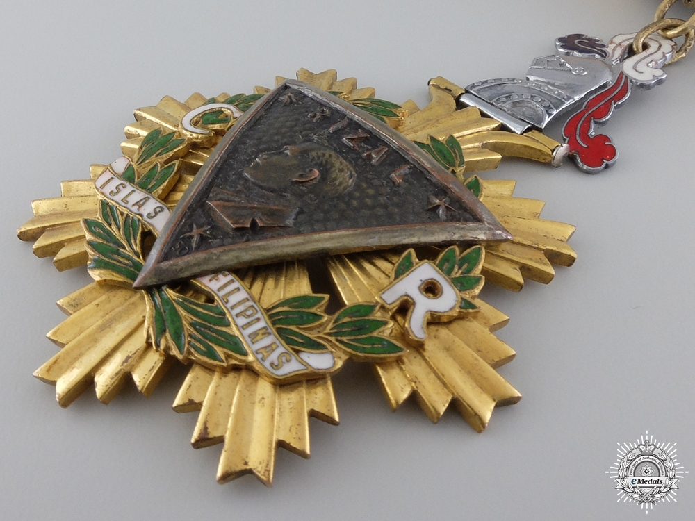 A Filipino Order of the Knights of Rizal; Commander
