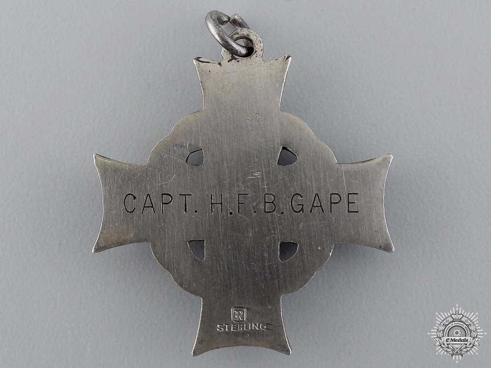 A South Africa & First War Memorial Group to Capt. Gape