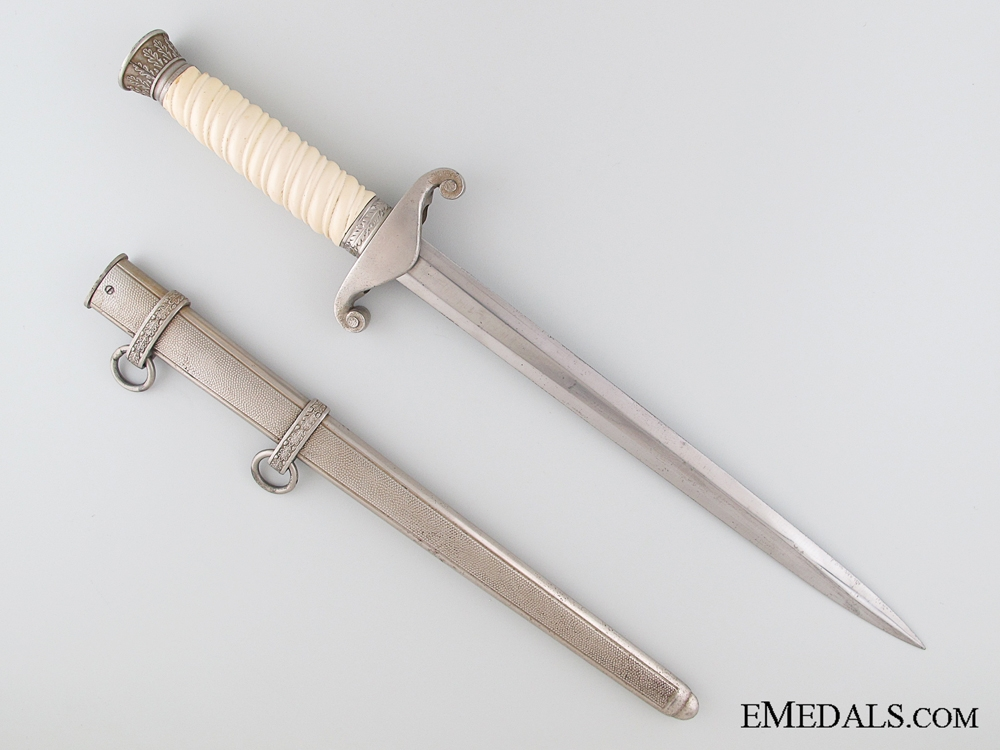 An Army (Heer) Officer's Dagger