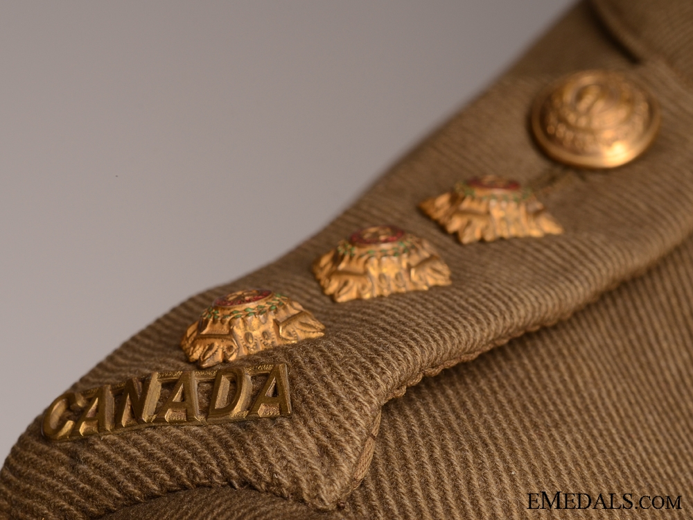 A Rare First War Canadian DFC Recipient's Uniform