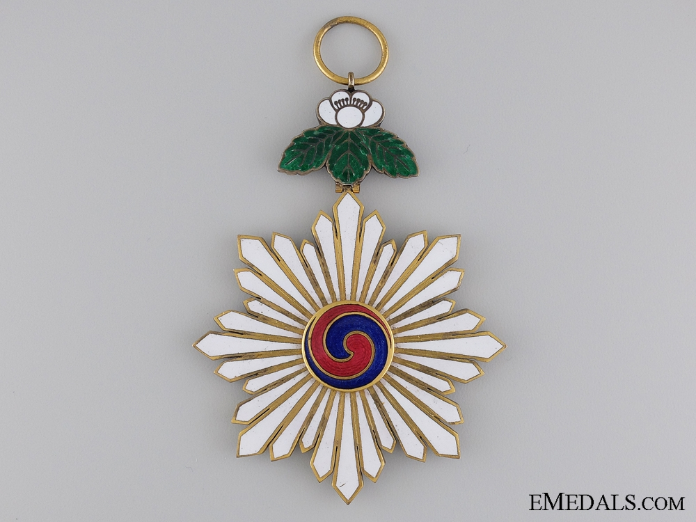 An Early 20th Century Korean Order of Taeguk
