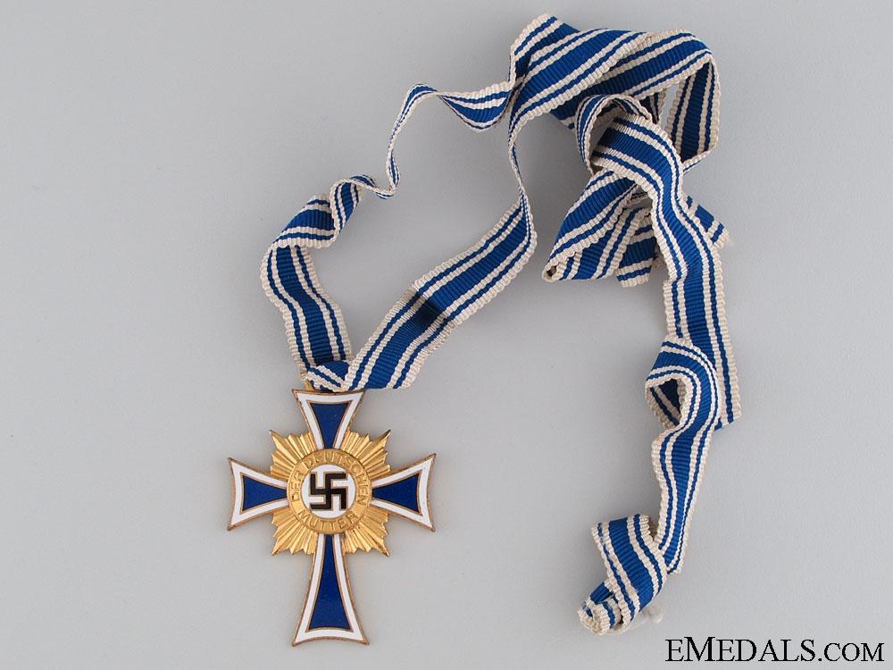 Mother's Cross, Gold Grade, Cased