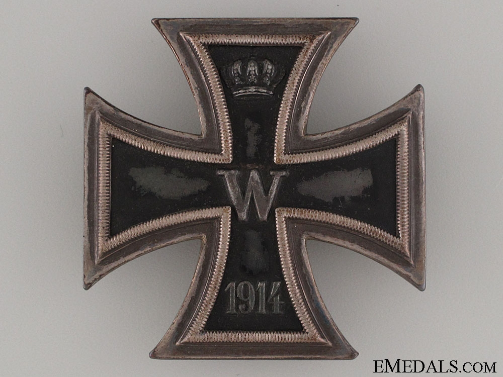 A Cased Iron Cross 1st Class 1914 - Silver