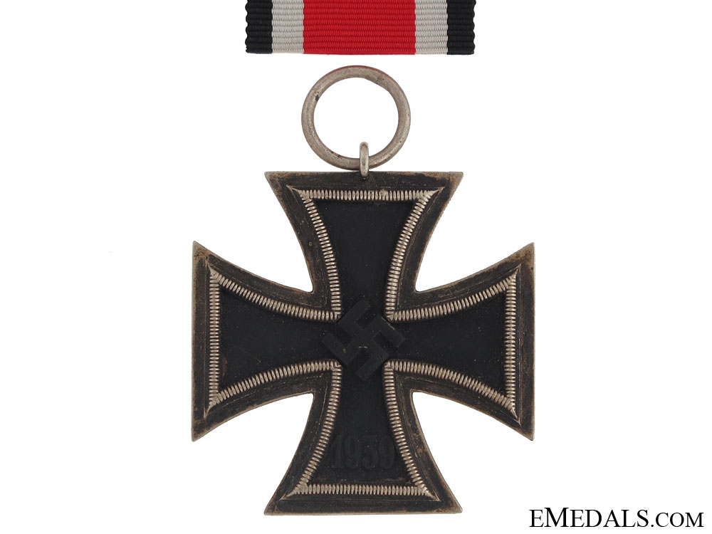 Iron Cross Second Class 1939 - Marked 138