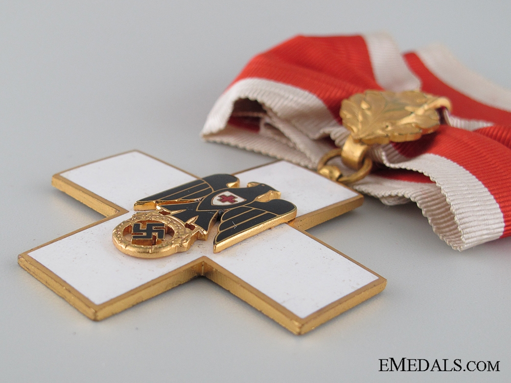 Awards of Italian Air Force General Eraldo Ilari