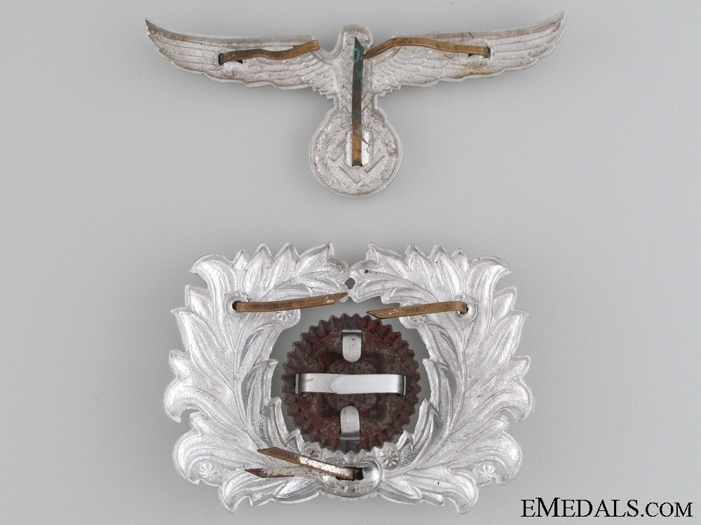 Customs Eagle and Wreath