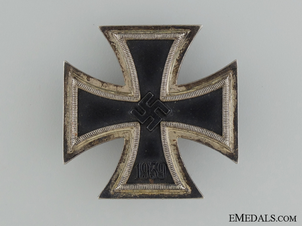 Iron Cross First Class 1939; with Case of Issue