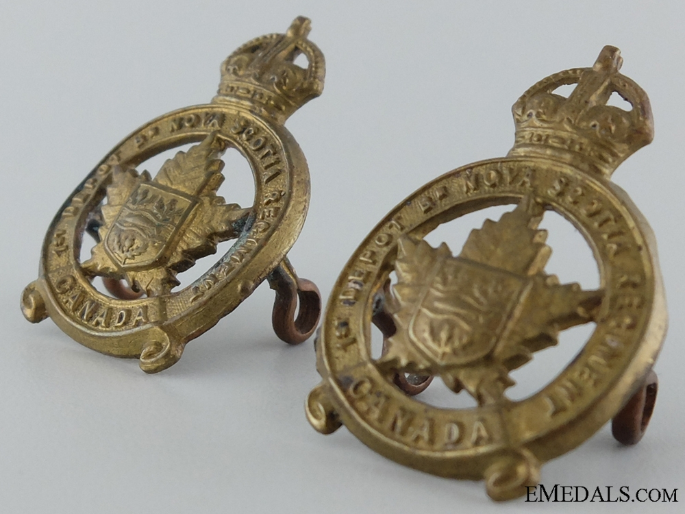 WWI 1st Depot Battalion; Nova Scotia Regiment Collar Pair