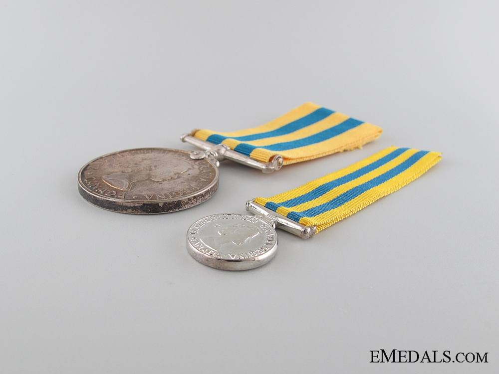 Canadian Korea Medal with Miniature