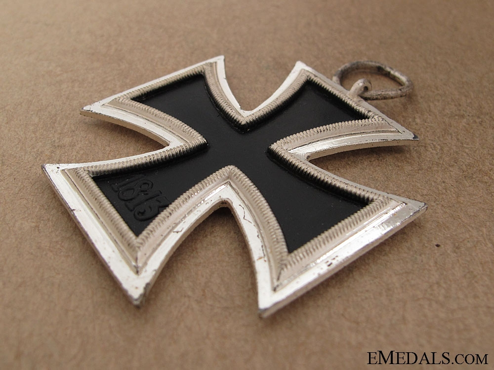 A Cased Iron Cross Second Class 1939