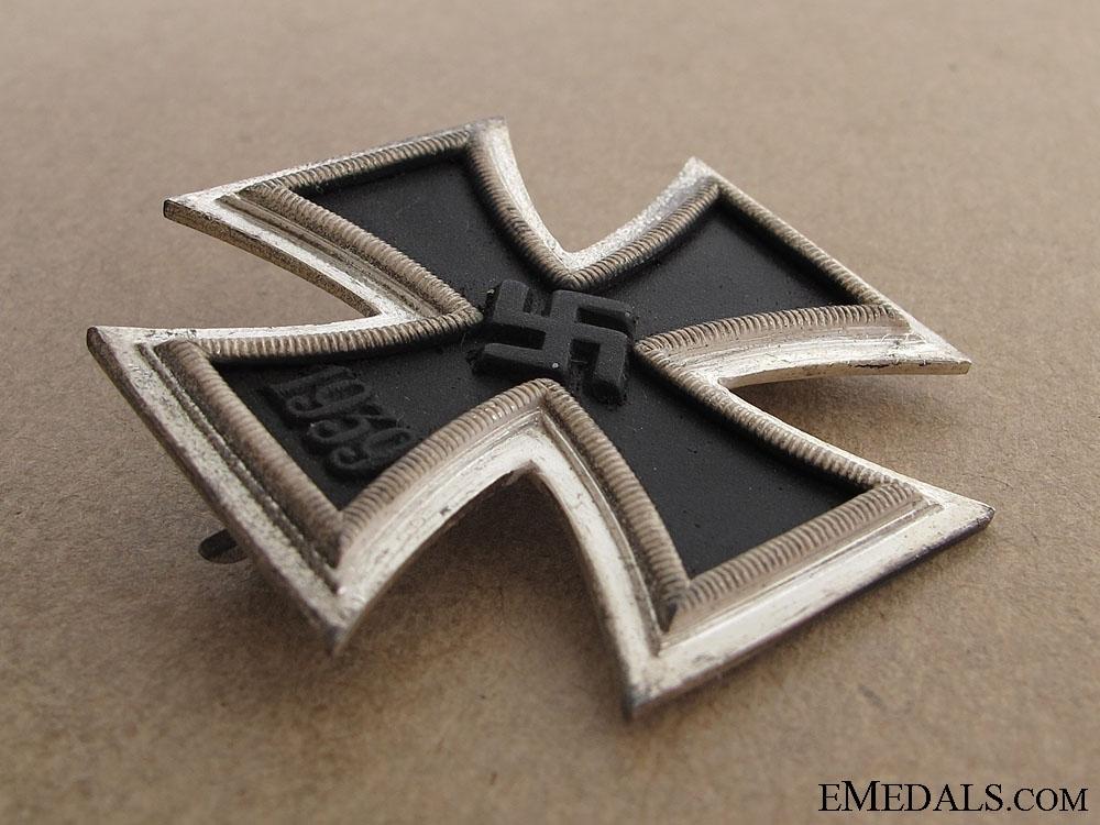 Iron Cross 1st Class - Maker 26