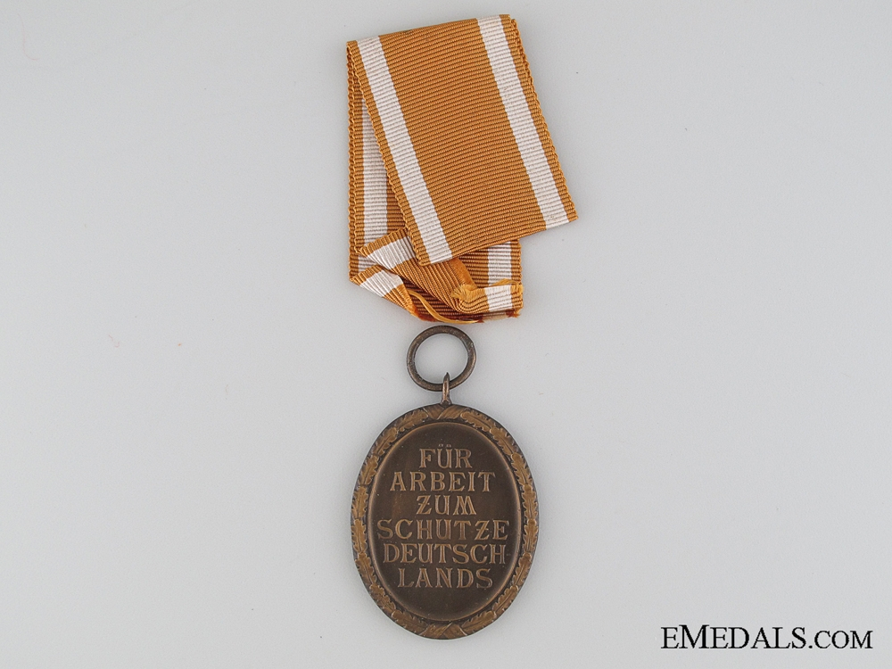 West Wall Medal with Paper Pocket of Issue