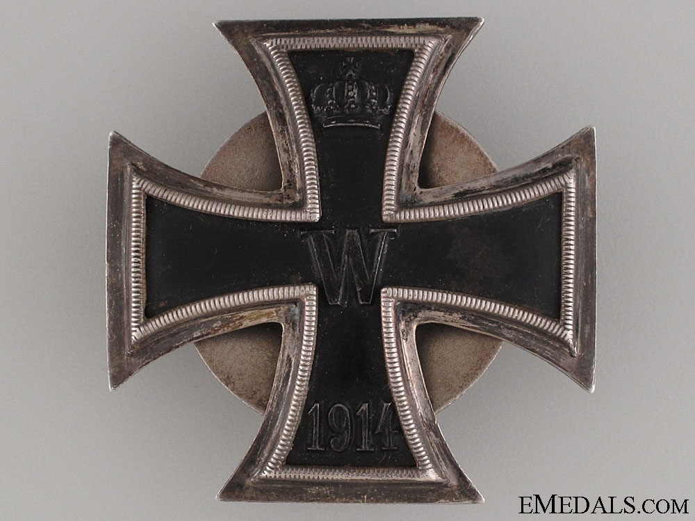 "Iron Cross 1st Cl. 1914 – ""800"" Screw Back"