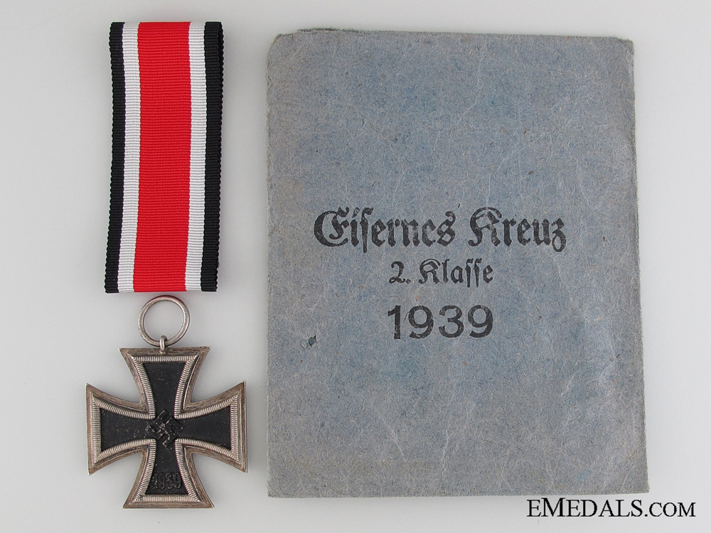Iron Cross 2nd Class 1939 with Packet of Issue