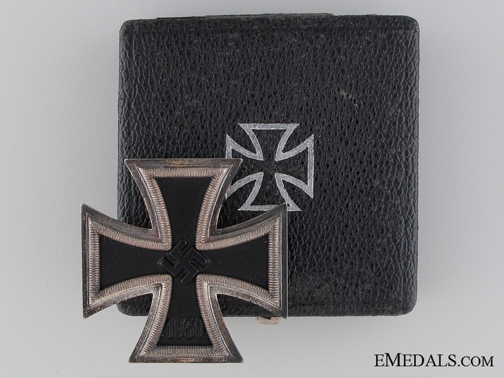 Iron Cross First Class 1939 by Fritz Zimmermann
