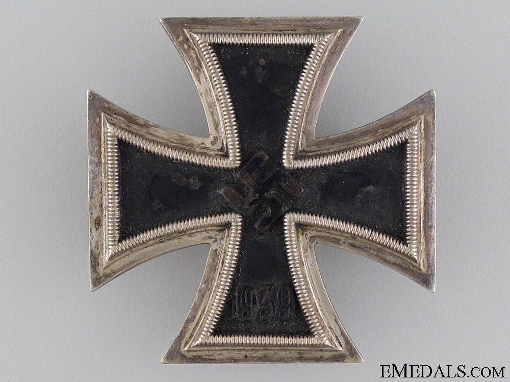 Iron Cross First Class 1939; Marked L/11