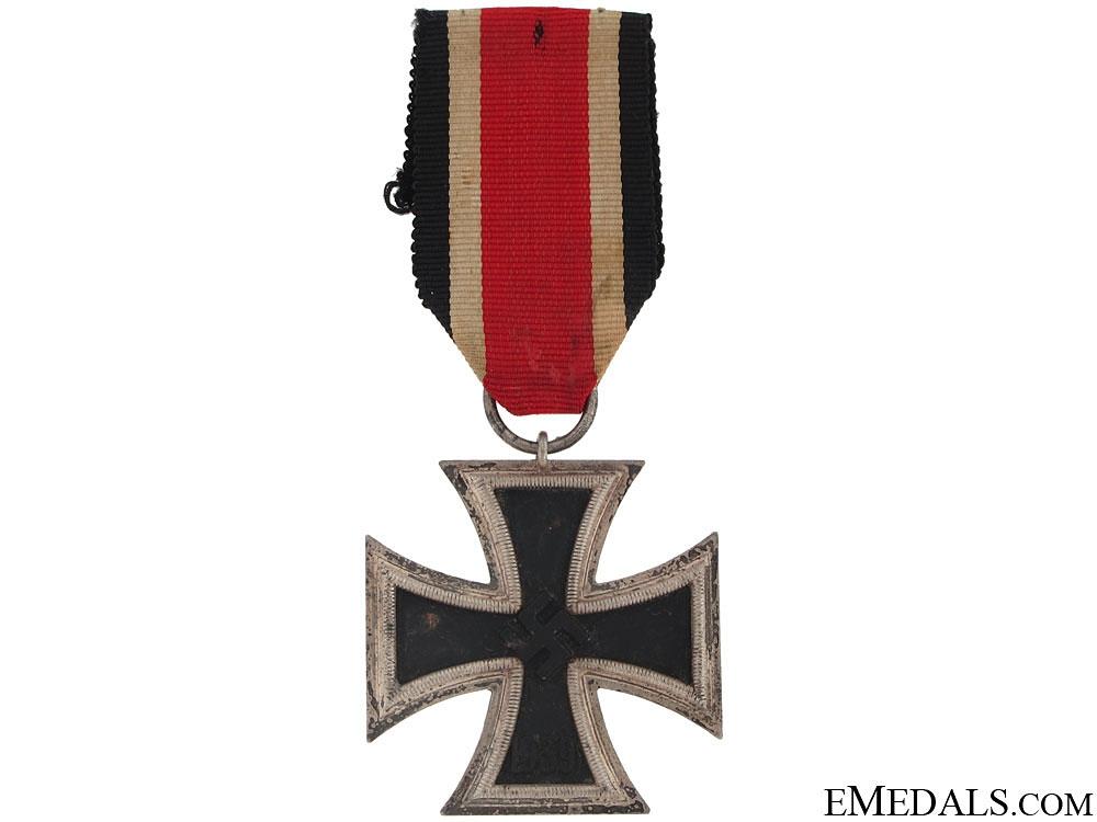 Iron Cross Second Class 1939 - Marked 65