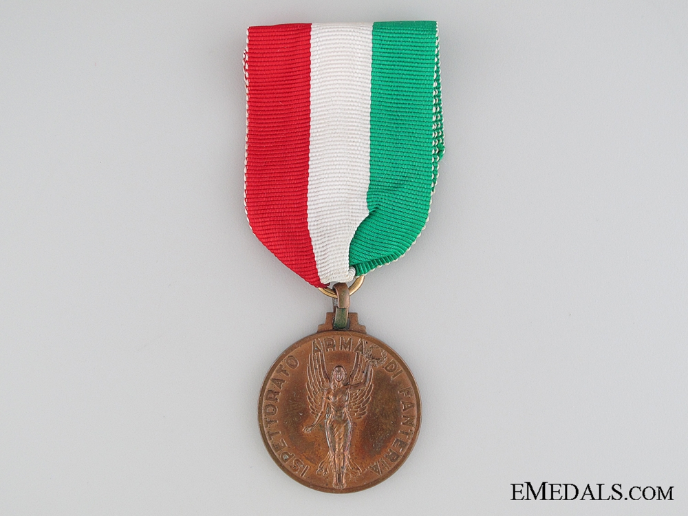 Italian Infantry Weapon Inspector Medal