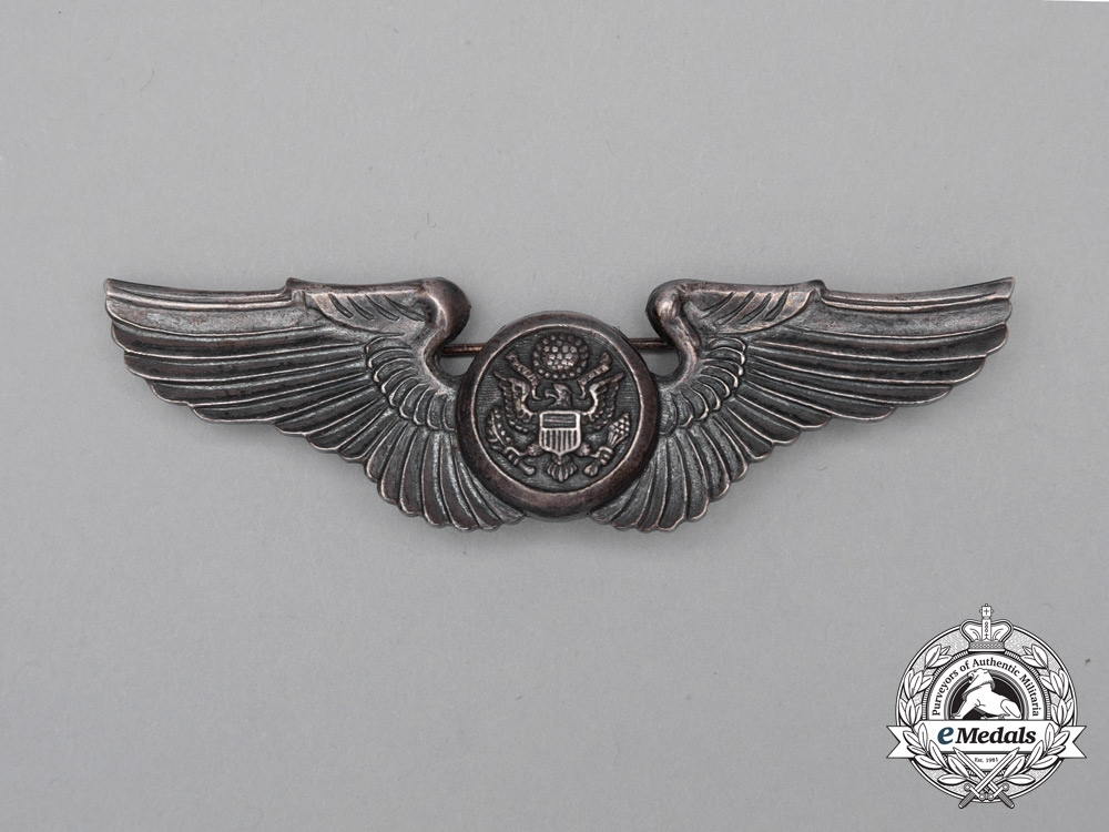 A United States Army Air Force (USAAF) Aircrew Badge