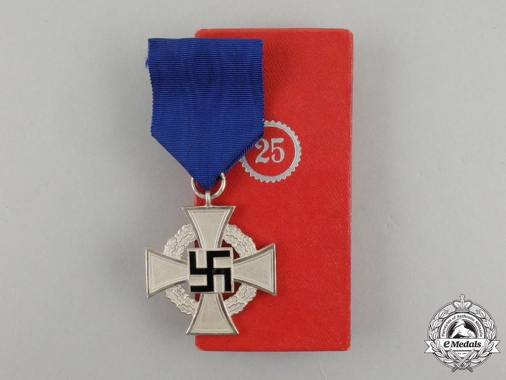 A German 25-Year Faithful Service Cross in its Original Case of issue by Wächtler & Lange