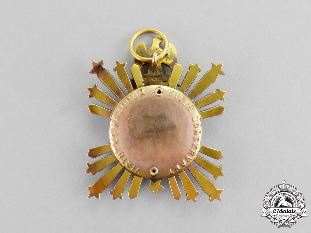 United States. An American Society of the Colonial Dames of America Membership in Gold, Breast Badge, c. 1880