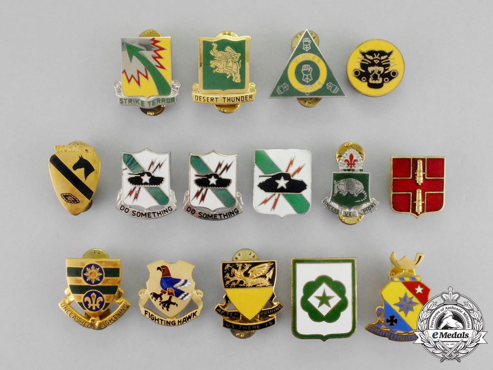 United States. Fifteen Armored and Tank Battalion Badges