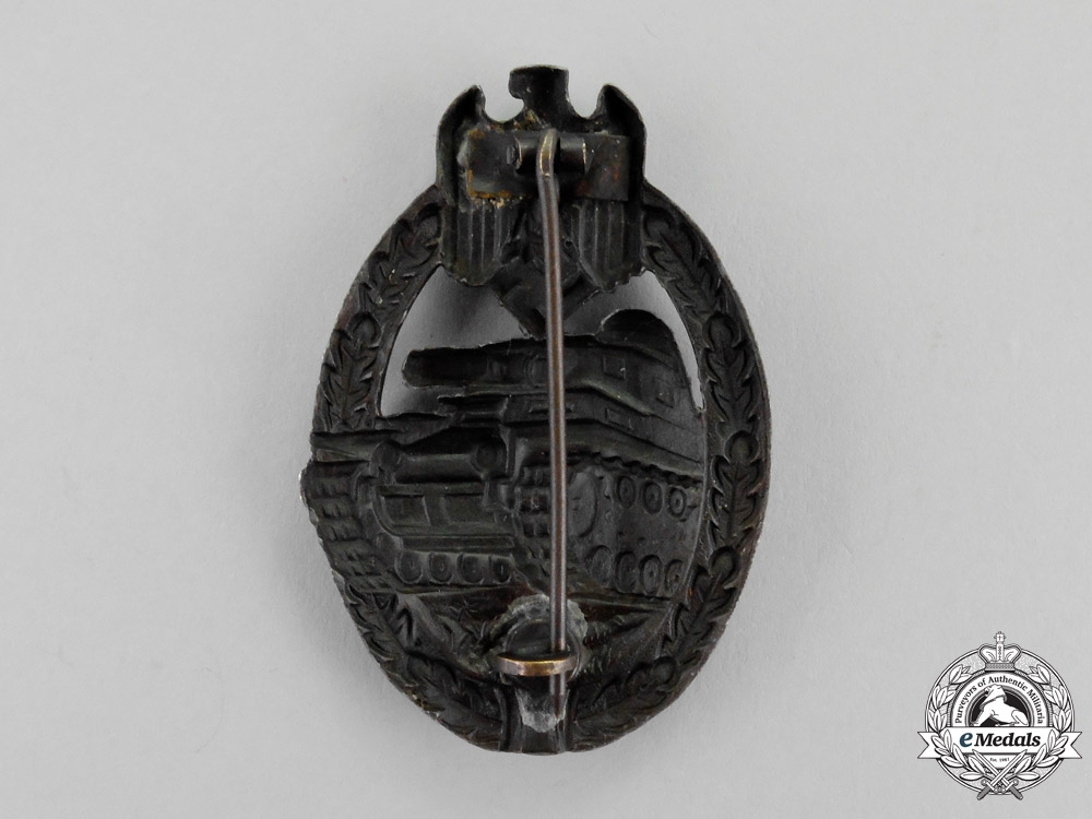Germany. A Bronze Grade Tank Badge by Wilhelm Deumer of Lüdenscheid