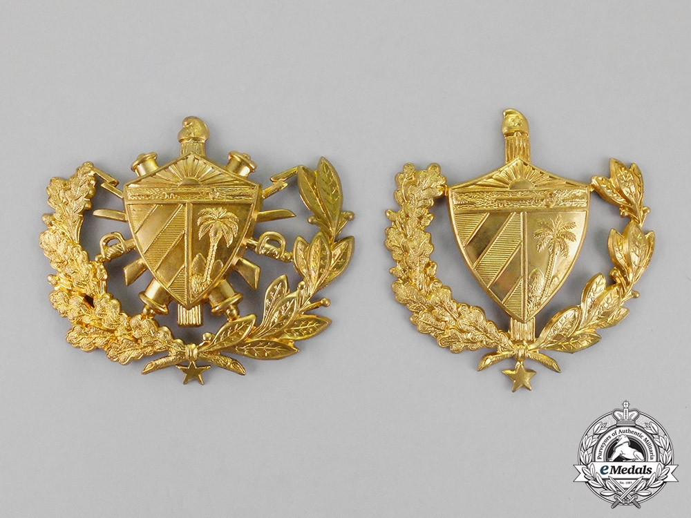 18ae81632a0 Two Army Cap Badges