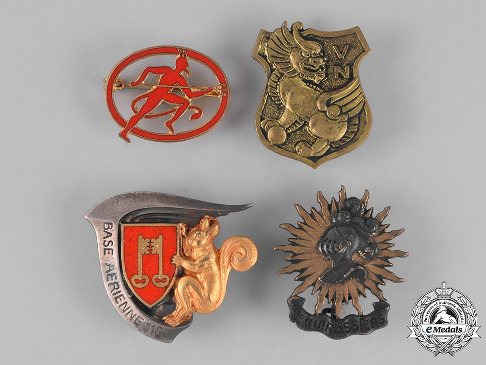 France, Republic. Sixteen French Military Insignia Badges